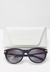 Michael Kors - Sunglasses - navy - 2
