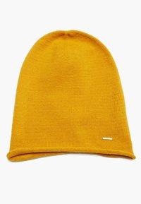 s.Oliver - Beanie - yellow - 5