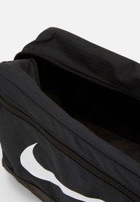 Nike Performance - SHOE 11L UNISEX - Wash bag - black/white - 0