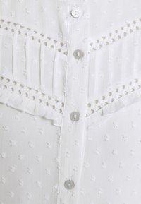 JDY - JDYEMILIA - Button-down blouse - cloud dancer - 2
