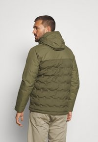 Columbia - GRAND TREK JACKET - Down jacket - stone green - 2