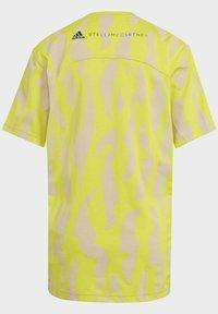 adidas by Stella McCartney - TEE - Triko spotiskem - yellow - 3