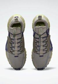 Reebok - Sneakers - grey - 6