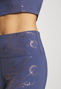 Sweaty Betty - 7/8 WORKOUT LEGGINGS - Leggings - crown blue/bronze - 4