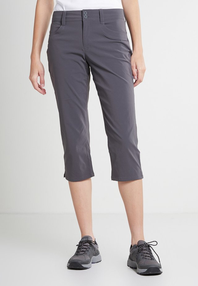 SIGHTSCAPE HORIZION CAPRIHOSE - 3/4 sports trousers - dunkles rauch