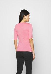 Marks & Spencer London - HIGH NECK TOP - Basic T-shirt - light pink - 2