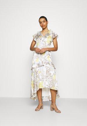 DRESS - Maxi dress - white