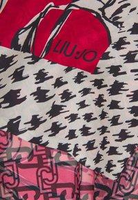 LIU JO - STOLA DOUBLE LOGO FLOWER - Sjal - true red - 2