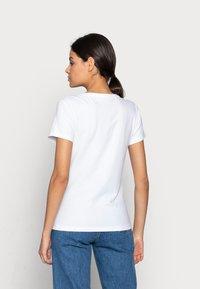 Calvin Klein Jeans - MONOGRAM SLIM V-NECK TEE - T-shirt basic - white - 2