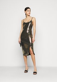 Missguided Tall - STRAPPY MIDI DRESS - Cocktail dress / Party dress - gold - 1