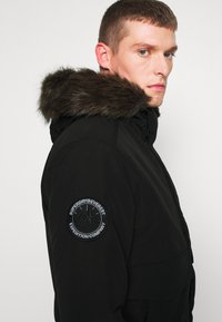 Superdry - EVEREST - Winter jacket - black - 5