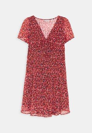 JESSICA - Robe d'été - rouge motif