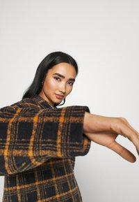 BDG Urban Outfitters - BRUSHED CHECKED SHACKET - Button-down blouse - orange - 3