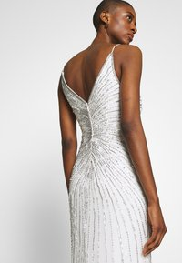 Adrianna Papell - BEADED MERMAID GOWN - Occasion wear - ivory - 3