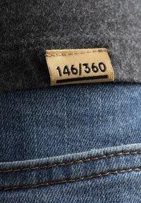 Liger - LIMITED TO 360 PIECES - Basic T-shirt - dark heather grey melange - 5