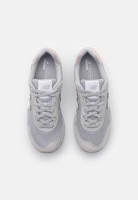 New Balance - WL515 - Zapatillas - grey - 5