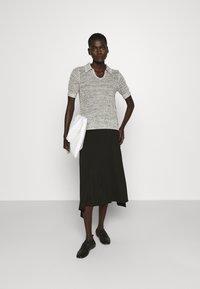 Proenza Schouler White Label - T-shirt imprimé - ecru - 1