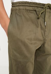 Soulland - POPPE - Trousers - green - 3