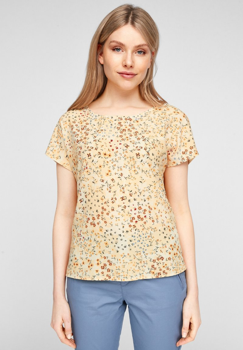 s.Oliver - Print T-shirt - yellow aop