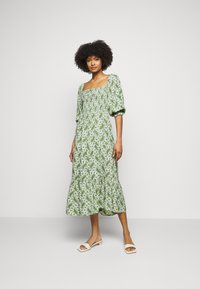 Faithfull the brand - LE GALET DRESS - Denní šaty - green - 0
