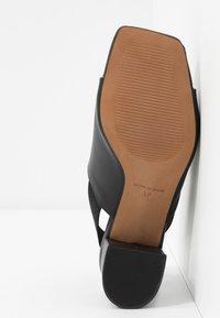 L'INTERVALLE - SCARLET - Sandaalit nilkkaremmillä - black - 6