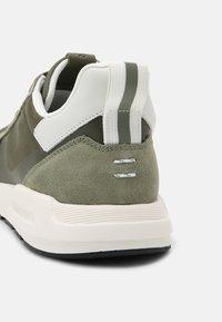Marc O'Polo - JOSEF 1D - Sneakers - khaki - 6