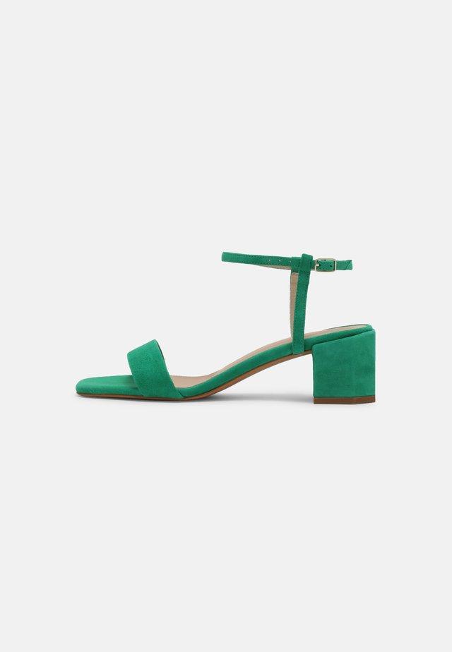 Sandalen - vert
