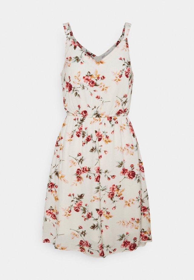 ONLKARMEN DRESS  - Korte jurk - creme brûlée