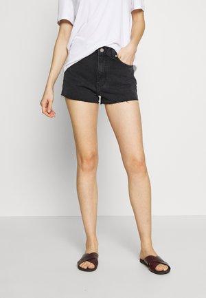 SKYE - Short en jean - retro black