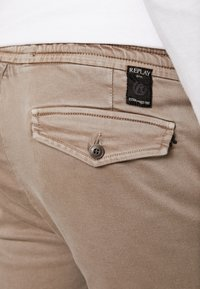 Replay - SERAF HYPERFLEX - Shorts - sand - 4