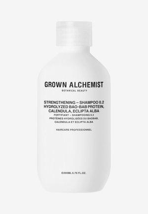 STRENGTHENING SHAMPOO  0.2  - Shampoo - -