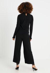 Rich & Royal - SLUB FRILL - Long sleeved top - black - 2
