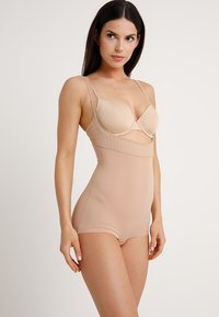 Maidenform - FIRM FOUNDATIONS STAY BODY SHAPER - Body - nude/beige - 1