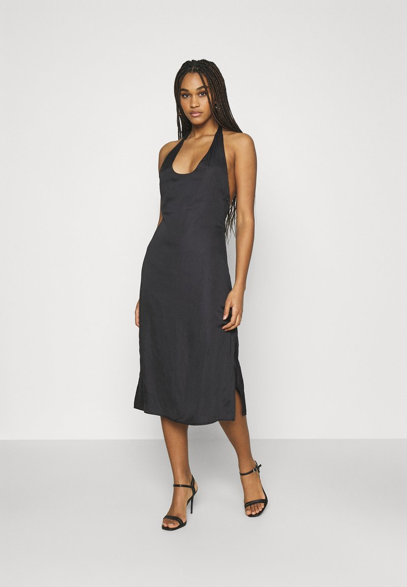 NU-IN - DEEP BACK HALTERNECK MIDI DRESS - Cocktail dress / Party dress - black