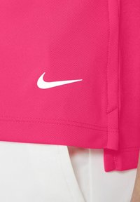 Nike Golf - DRY VICTORY - Sports shirt - hyper pink/white/white - 4
