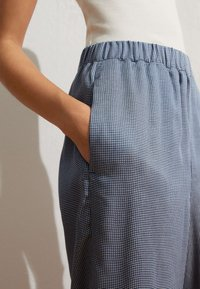 OYSHO - Pantalon classique - blue - 3