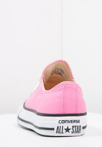 Converse - CHUCK TAYLOR ALL STAR CORE - Sneakers laag - pink - 3
