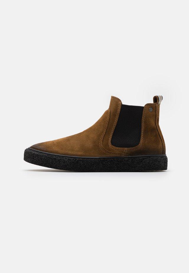SLUGGISH - Classic ankle boots - tobaco
