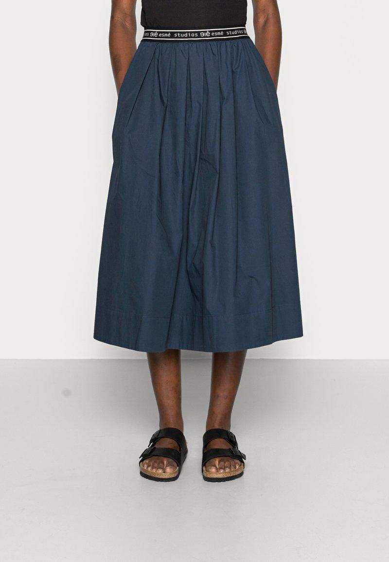 esmé studios - CALLA MIDI SKIRT - A-line skirt - dark sapphire