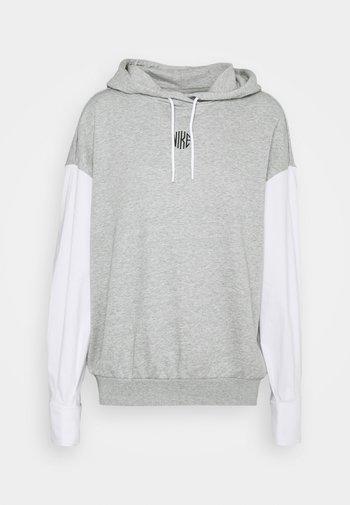 HOODIE - Sweatshirt - grey heather/white/black