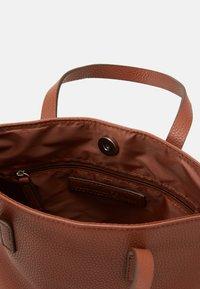 TOM TAILOR DENIM - TESSA - Handbag - cognac - 2