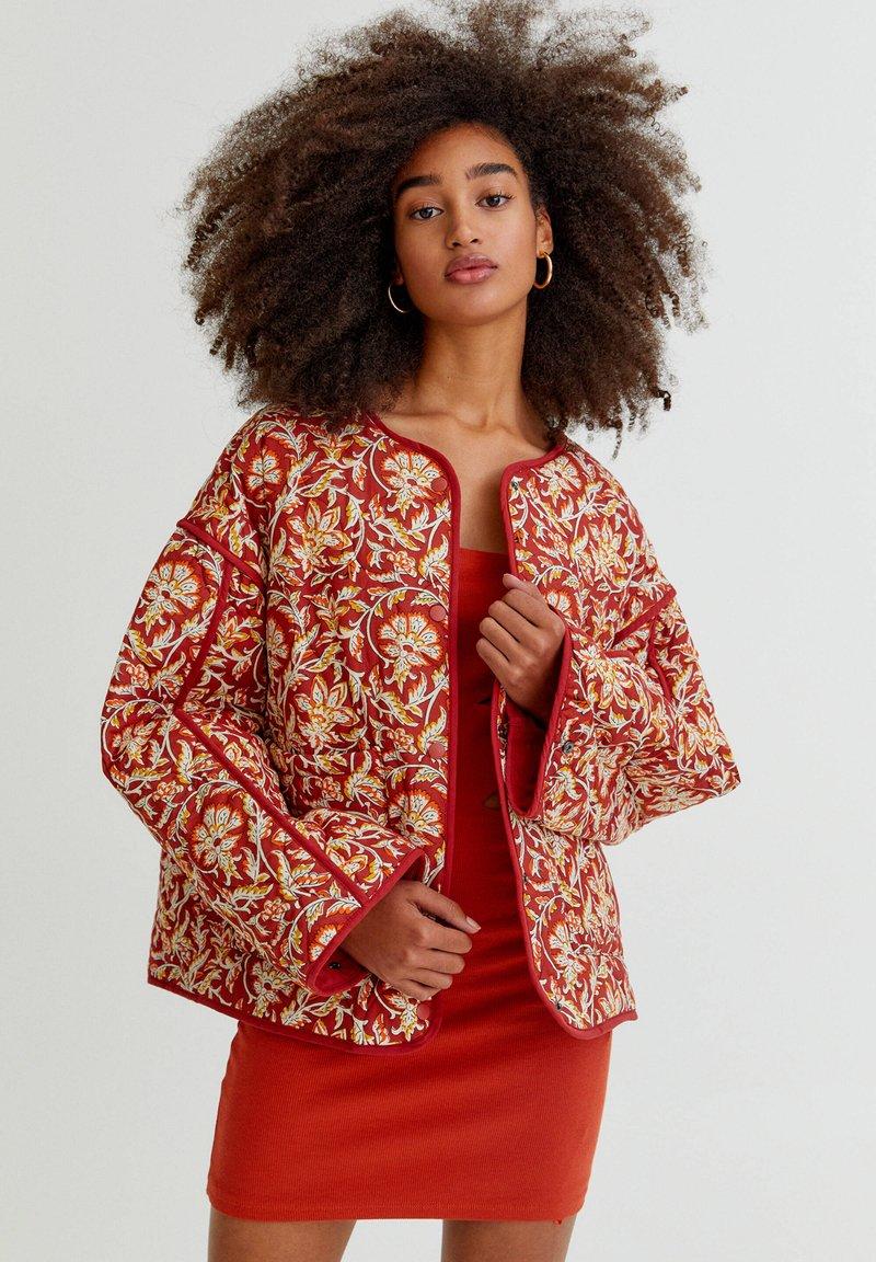 PULL&BEAR - Light jacket - mottled dark red