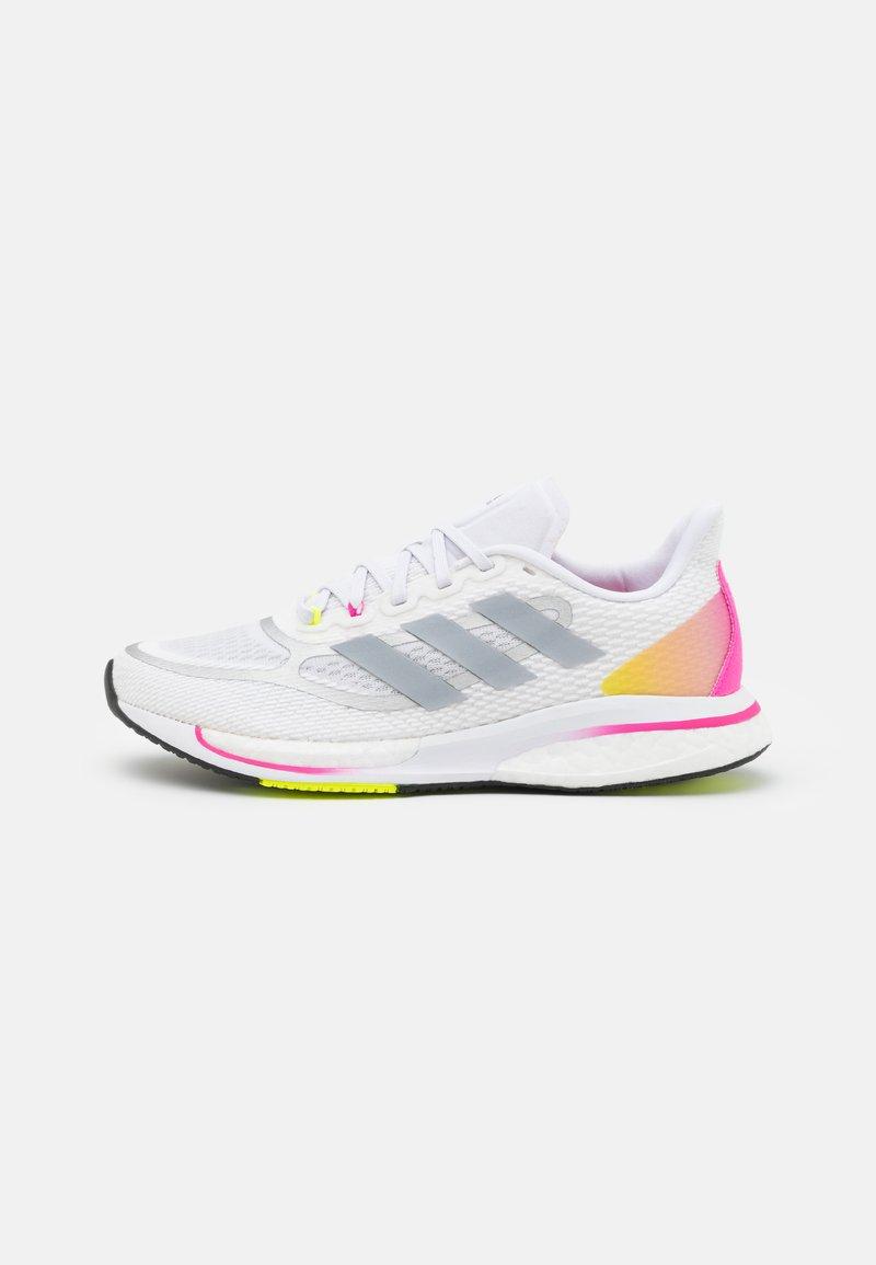 adidas Performance - SUPERNOVA +  - Zapatillas de running neutras - footwear white/halo silver/scream pink