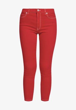 CHARLIE CROPPED - Skinny džíny - open pink