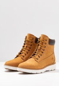 Timberland - KEELEY FIELD 6IN - Snørestøvletter - wheat