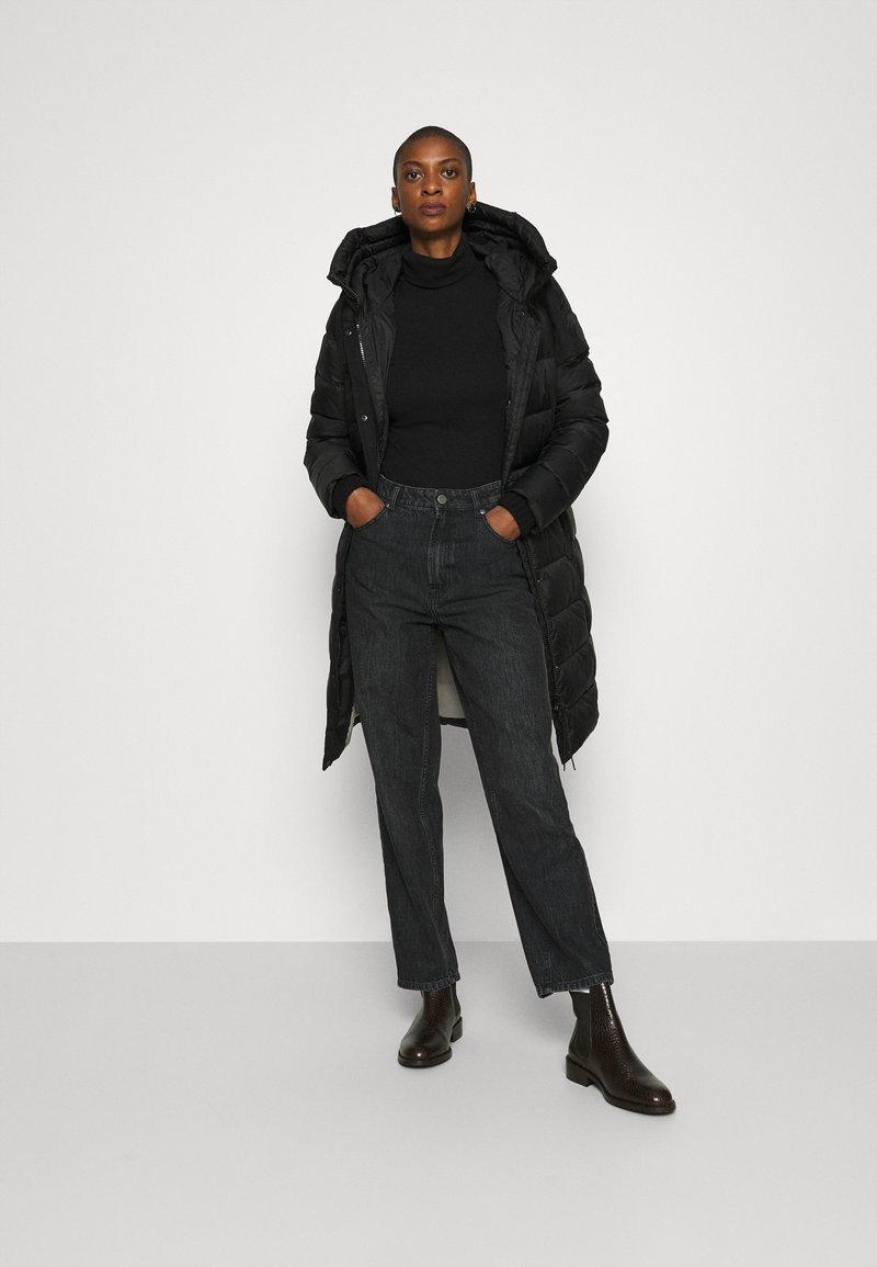 Marc O'Polo Daunenmantel - black/schwarz vjEnmR