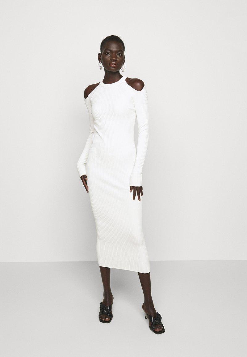 N°21 - CUT OUT DRESS - Jumper dress - beige