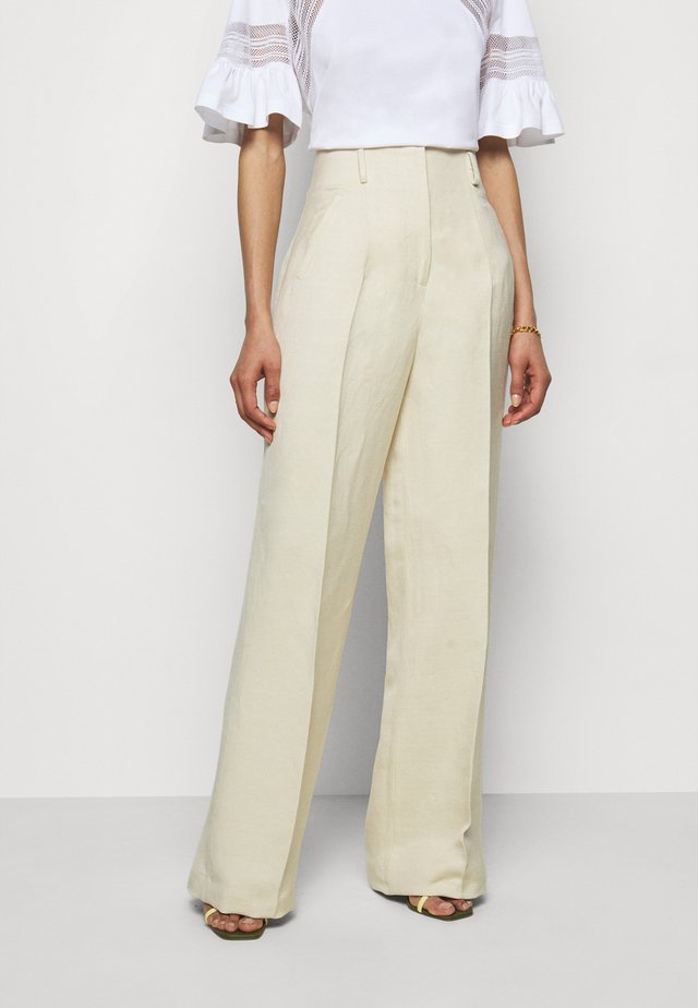 TROUSERS - Bukse - ivory