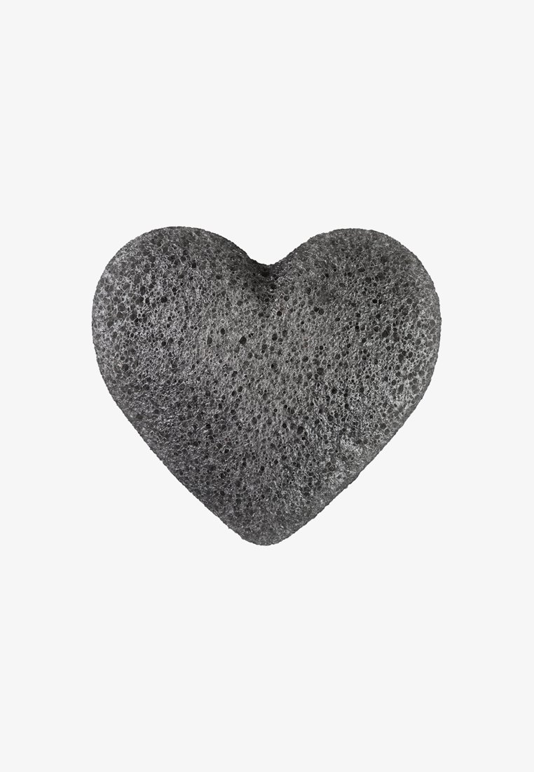 Konjac Sponge - K SPONGE KONJAC HEART - Skincare tool - bamboo charcoal