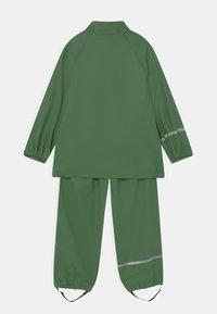 CeLaVi - BASIC RAINWEAR SET UNISEX - Waterproof jacket - elm green - 2